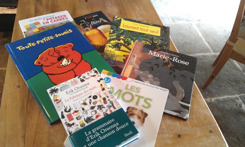 A vous d'associer chaque livre à chaque membre de la famille !