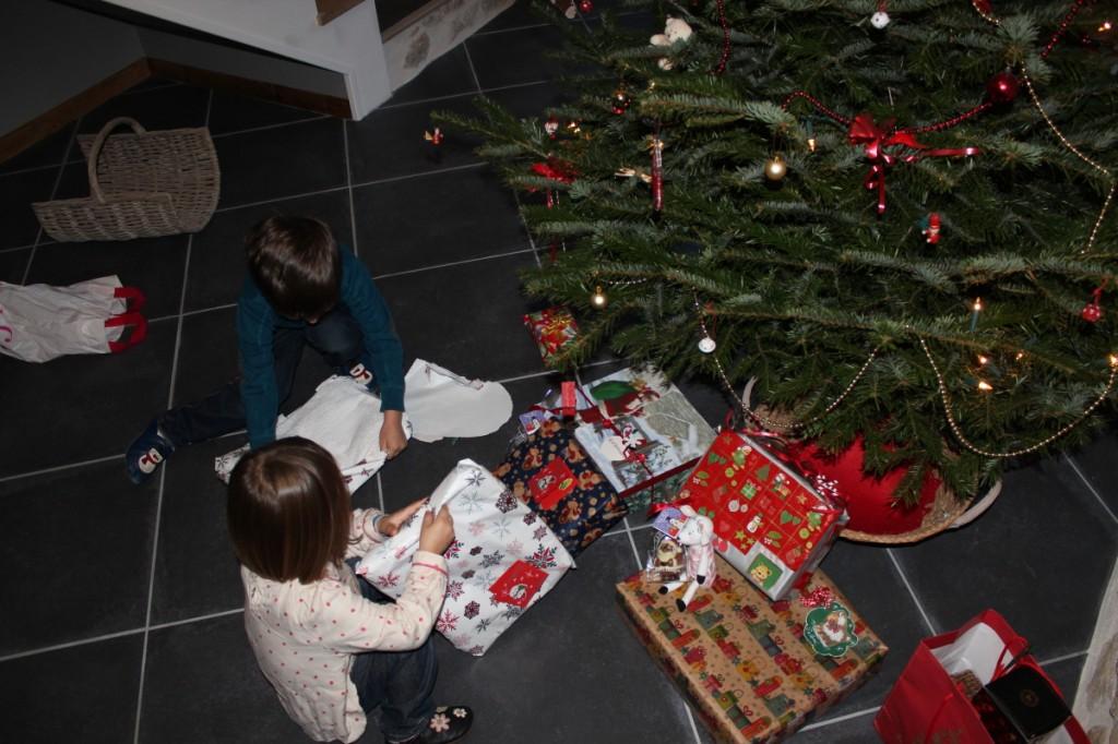 Le Père Noël est aussi passé chez Papi et Mamie !