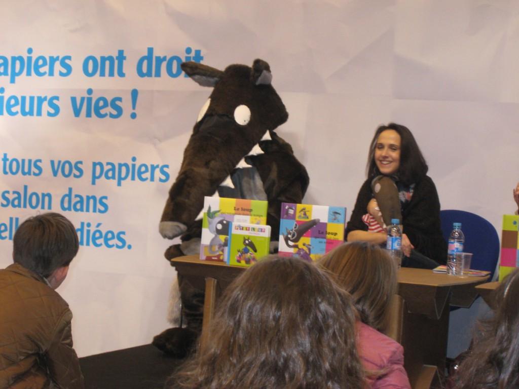 Loup et son illustratrice Eleonore Thuillier