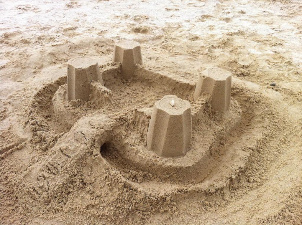 Même en vacances, Papa-des-Champs ne peut pas s'empêcher de construire des trucs !